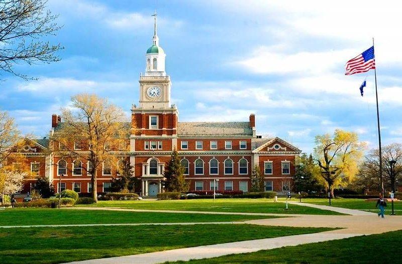 Universitetet Harvard dhe Yale hetohen për pranim të fondeve të huaja