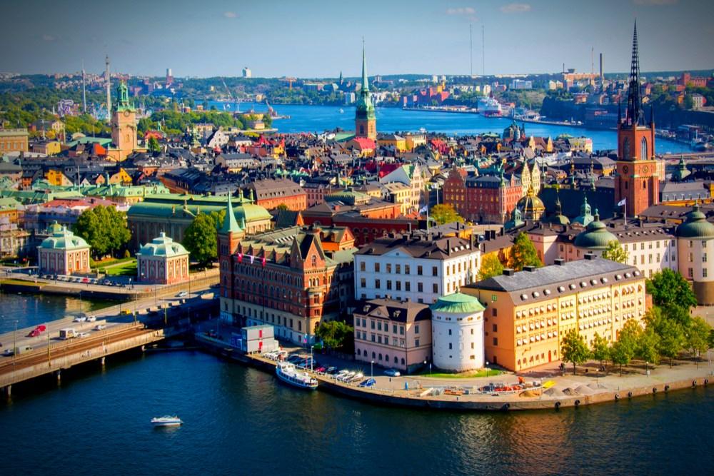 Suedia miraton ligjin e parë për pandeminë