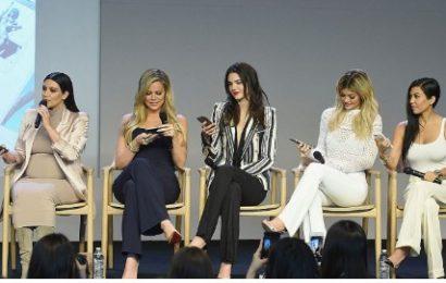 Ja se si dukeshin motrat Kardashian para ndryshimeve të bukurisë