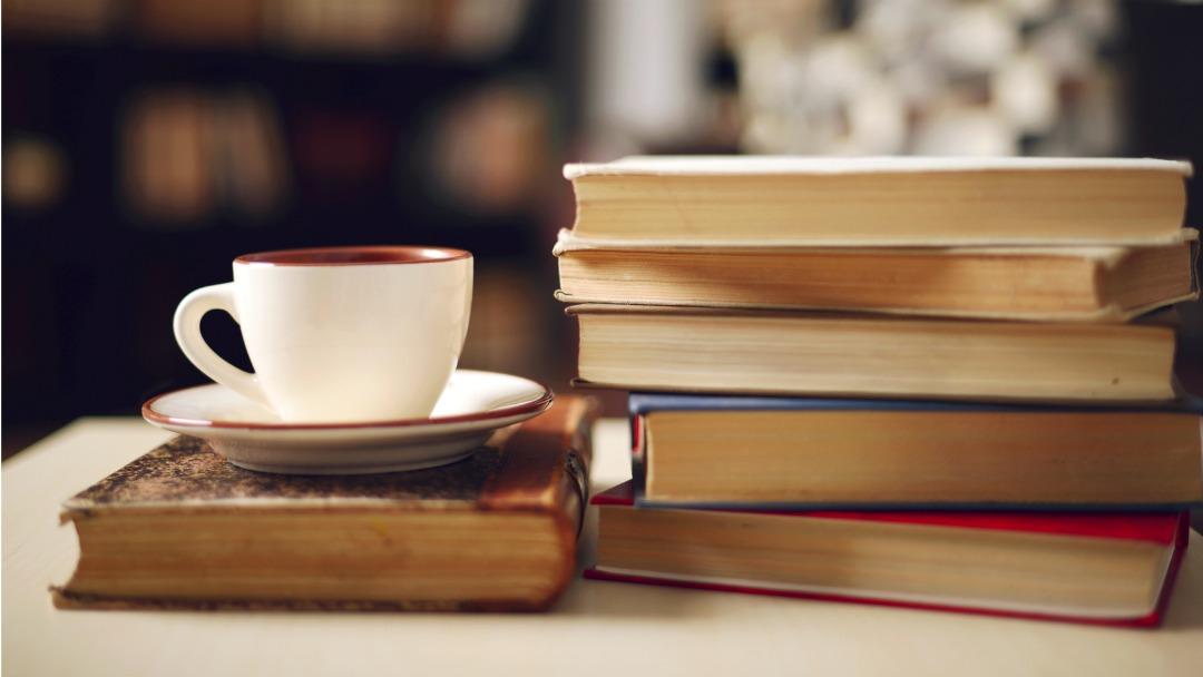 Rekord në bibliotekën e Tetovës, një lexuese e rregullt ka lexuar 42 libra