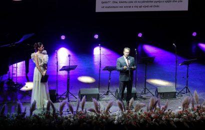 Është hapur edicioni i 60-të jubilar i Verës së Ohrit