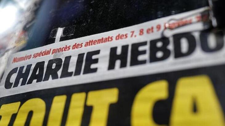 """Turqia akuzon Charlie Hebdon për """"racizëm kulturor"""" pasi nxori karikaturën e Erdoganit"""