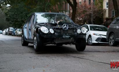 Çfarë ndodh me veturën tuaj kur goditni me shpejtësi të madhe pengesat në rrugë (Video)