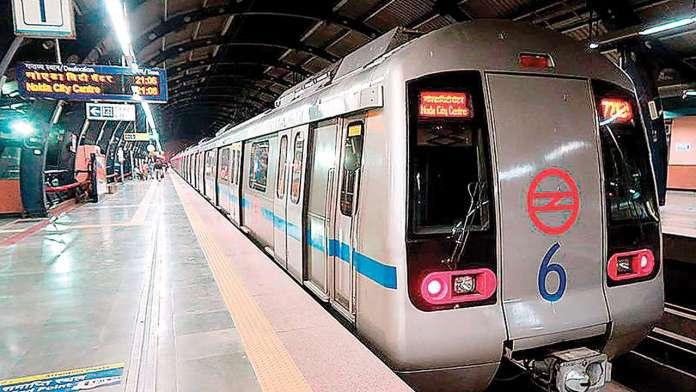 Indi, hapet linja e parë e metrosë pa shofer