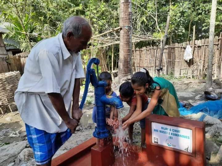 Gratë nga Kumanova ndihmuan në ndërtimin e 8 puseve të ujit në Burma të Azisë