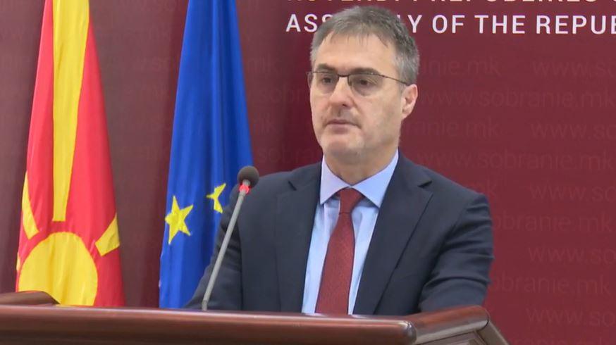 Aziri: Deputetët e opozitës do të marrin pjesë në protestën për Monstrën