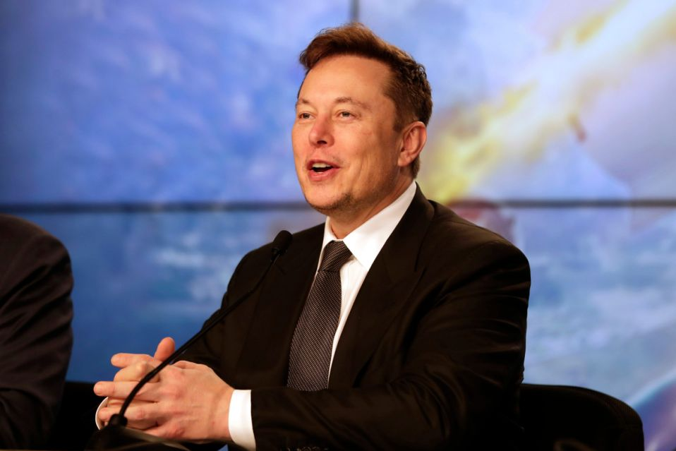 Elon Musk: Personi më i pasur në botë sipas Bloomberg